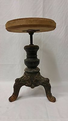Antique Tonk Chicago & New York Cast Iron Stool OUT7-0