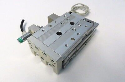 CKD LCS2Q-2030A1D Double Acting/ Position Locking Type w/  CKD TOH Sensor