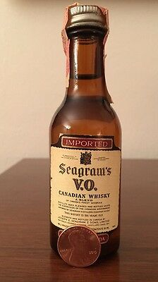 Vintage Seagrams VO Whiskey 50 ml Glass Mini Bottle-Unopened-Whisky