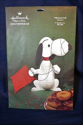 Vintage HALLMARK PEANUTS SNOOPY Party Centerpiece Mint Sealed