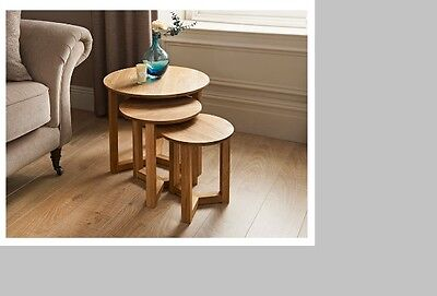 100% Original Rustic Solid Oak Nest of 3 Tables Coffee/Nesting/Lamp Three Tables
