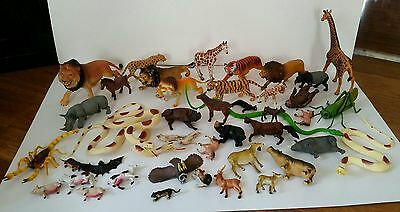 Plastic animal lot