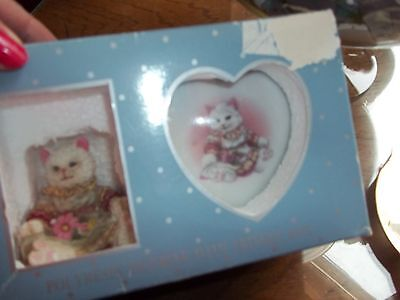 Timeless Treasures polyresin cat figure with matching trinket box heart shaped