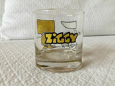 VINTAGE ZIGGY by Tom Wilson GLASS - YOUR LUCKY NUMBER 5...1977