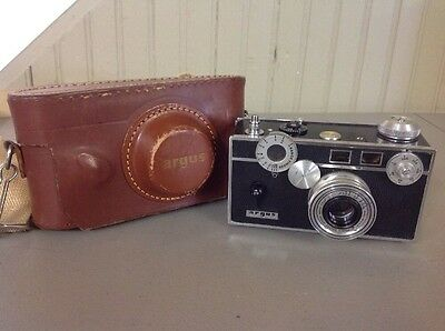 "Vintage Argus C3 Camera ""The Brick""  Cintar 50mm f3.5 Lens W/ Brown Leather Case"