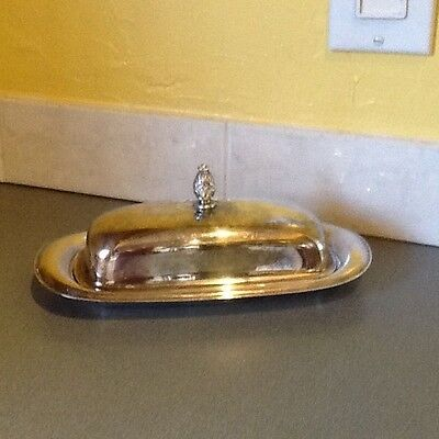 Vintage W.M. Rogers silver plated butter dish with pineapple finial with origina