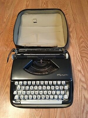 """Vintage Olympia 33 """"S"""" typewriter Germany portable 1960's Black Immaculate +case"""
