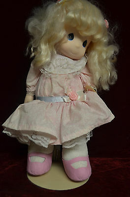 Precious Moments doll Courtney Sweetheart series 1994 4th edition # 1083 tagged