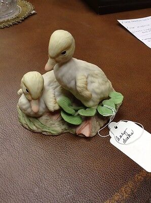 Vintage Cybis Porcelain Signed Baby Ducks Ducklings Buttercup Daffodil Figurine