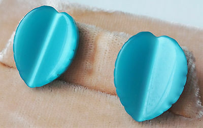 Vintage Beautiful Bright Blue Thermoset Lucite Leaf Pierced Earrings