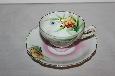 Pretty Vintage  Japan Tea Cup And Saucer- Floral