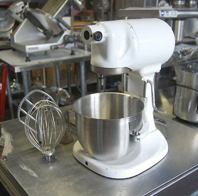 VINTAGE KITCHEN AID (HOBART) 5 QT MIXER with STAINLESS STEEL BOWL & ATTACHMENTS!
