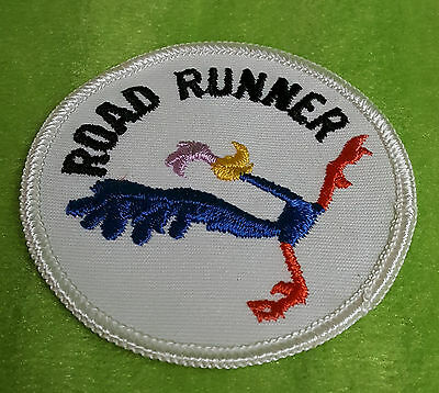 Vintage 1960's Looney Tunes PLYMOUTH ROAD RUNNER Round Embroidered Patch