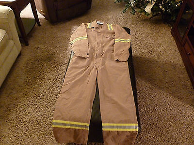 FR (Flame Resistant ) Coverall Reflective High Definition Size 42 Regular New!!!