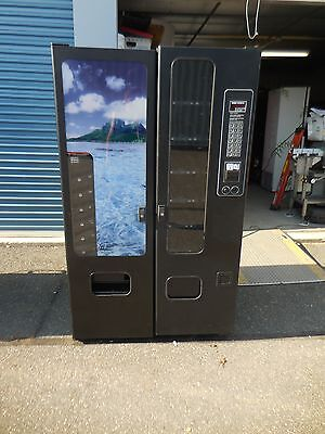 Nice Fsi / Usi / Wittern Model 3120 Snack And 3172 Soda Combo Vending Machine
