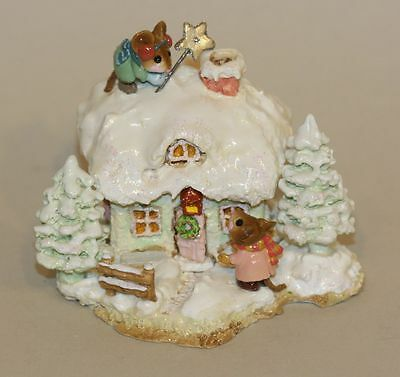 2006 SIGNED Wee Forest Folk A Cottage for All Seasons Christmas M-311c Mouse