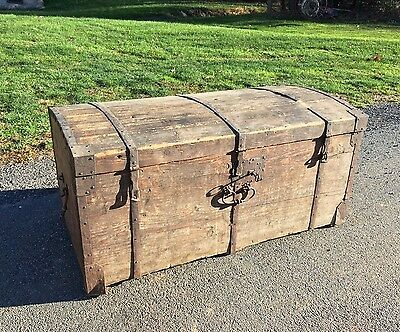 ANTIQUE 1700's LARGE WOOD BLANKET CHEST COLONIAL IMMIGRANT TRAVEL STEAMER TRUNK