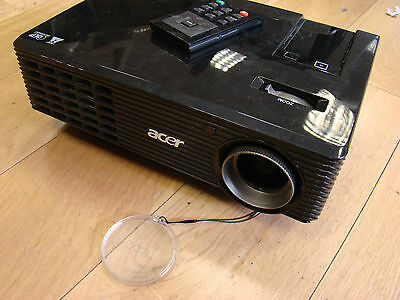 Acer X110P DLP Projector (nVidia 3D Vision Ready, 4000:1, 2700 ANSI Lumens, 800x