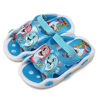 Twinkling Child Slippers Dolphin Anti-slip Squeaky Sandal Cartoon SIZE 18 (C79)
