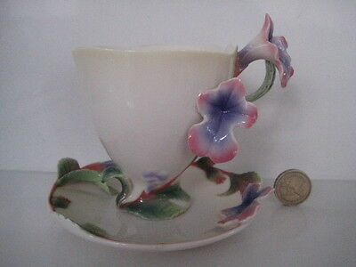 Very Pretty Pink Flowers Franz Porcelain Cup And Saucer Herb Sage Fz00457
