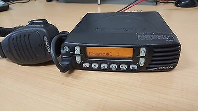 Kenwood TK-8180 Two Way Radio with microphone (UHF)