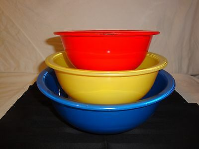 Pyrex Clear Bottom Nesting Mixing Bowls Primary Colors 322 323 325 Set Of 3