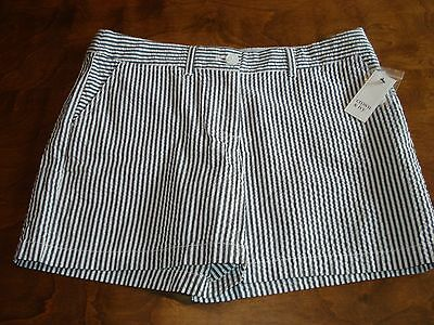 NWT, Crown and Ivy women's size 10, blue and white seersucker shorts