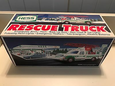 1994 Hess Collector Truck - RESCUE VEHICLE - Siren, Pulsating Lights - *New*