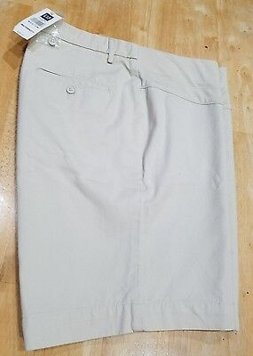 NWT - Gap Maternity Shorts- Khaki color size Medium - NEW $38