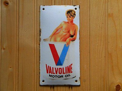 "VALVOLINE PIN UP GIRL PORCELAIN SIGN ~7-3/4""x 4"" MOTOR OIL GAS PUMP ADVERTISING"