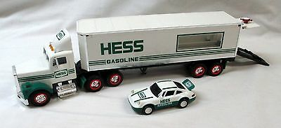 1992 Hess 18 Wheeler And Racer - New