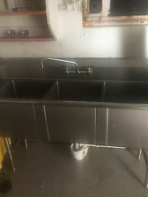 Commercial (3) Three Compartment Stainless Steel Sink 8'
