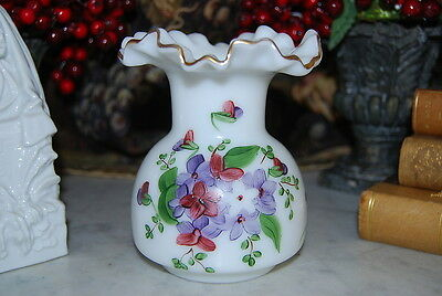 Wonderful Old Victorian White Glass Ruffled Vase With Hand Painted Flowers Gold