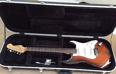 Fender Stratocaster Limited Edition KOA Electric Guitar & Case Great Condition