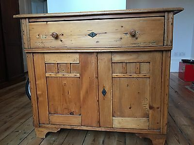 Early 20th Century Russian/Baltic Pine Dresser with Cupboard