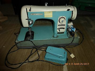 Vintage Brother 190 Heavy Duty Sewing Machine with Case Foot Pedal