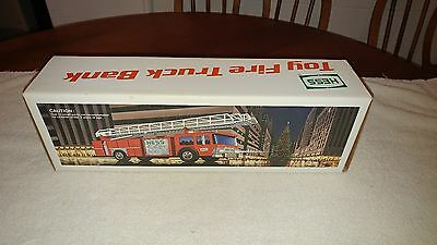 1986 Hess Red Fire Truck New In Box Near Mint