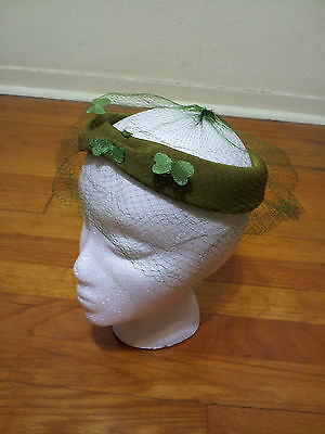 Vintage Women's Pea Green Hat - Netting - Great Condition