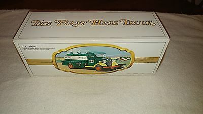 1980 Hess Truck Black Switch Near Mint In Box Rare
