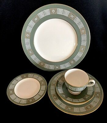Wedgwood Asia Pattern Green 5 Pieces Plate Setting (s) Bone China England