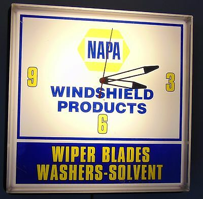 NAPA Windshield Products Wiper Blades Lighted Advertising Clock. Works Great.
