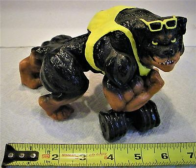 rottweiller statue, perfect condition., Over 20 years old