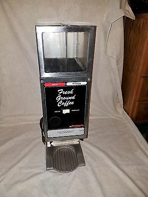 Grindmaster 225 Dual Twin (2) Hoppers Commercial Coffee Bean Grinder