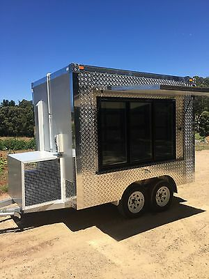 Premium 9 x 5 Mobile Display cool room, farmers market , portable cool  Trailer