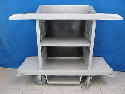 Rubbermaid Commercial PLA Full Size Housekeeping Cart