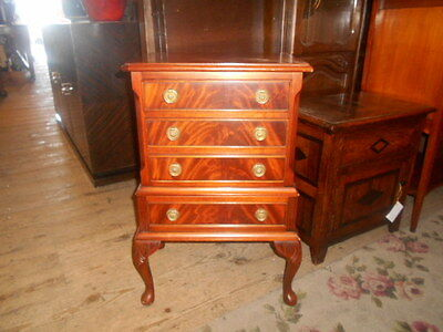 Small Reproduction Mahogany 4 Draw Chest Queen Anne Legs J Sydney Smith England