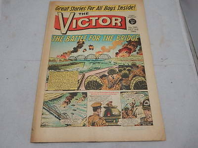 THE VICTOR COMIC No 280 ~ July 2nd 1966 ~ The Battle For The Bridge