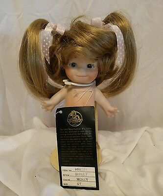 Vintage IMSCO Synthetic Fiber Doll Wig Style Shelly Color Honey Size 6-7""