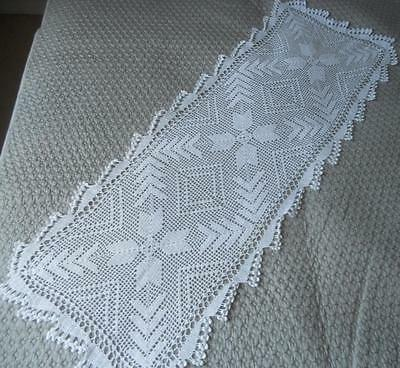 Vintage 1930's Hand Crocheted White Filet Lace Geometric Design 36 X 100 Cms