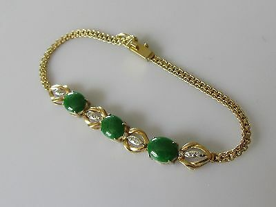 Secondhand 18ct Yellow Gold Multi Diamond Oval Jade Bracelet (6 1/4inches).